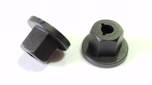 Porca Plástica Para-barro Cobalt Cruze Onix Prisma Sonic Spin 100 pcs 331