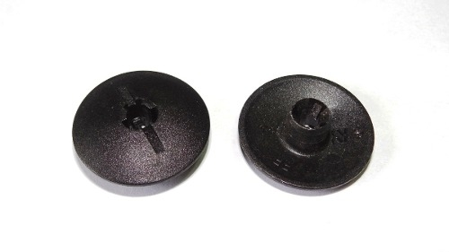 Grampo Botão Carpete Agile Astra Celta Cobalt Corsa Onix Spin Trailblazer Vectra Zafira 10 Pcs 359