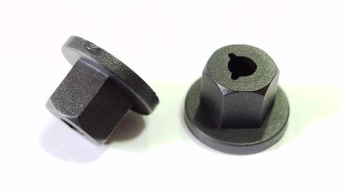 Porca Plástica Para-barro Cobalt Cruze Onix Prisma Sonic Spin 10 pcs 331